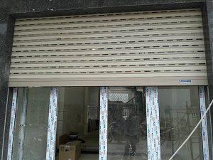 cửa cuốn khe thoáng giá rẻ tại Vinh